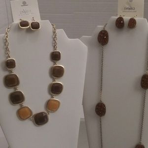 NWT DAVINCI NECKLACES & EARRINGS (ONE IS DRUZY)